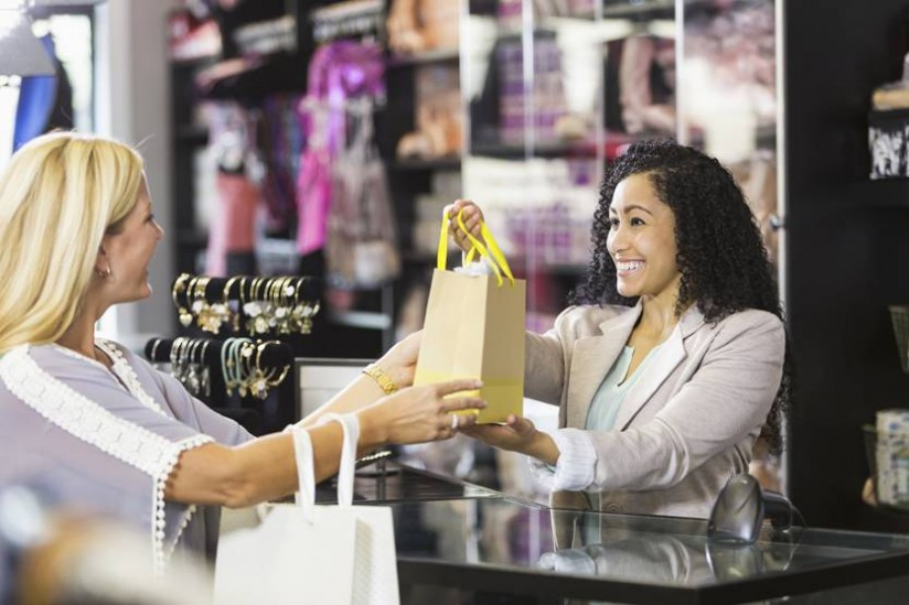 How In-store Associates Can Drive The Omnichannel Experience