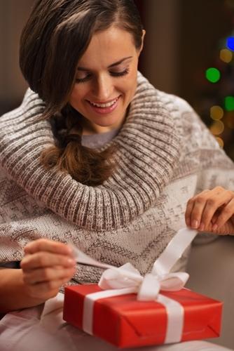 Retailers_predict_double-digit_increases_in_holiday_season_revenue